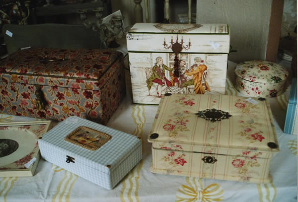 Creation of decorative boxes